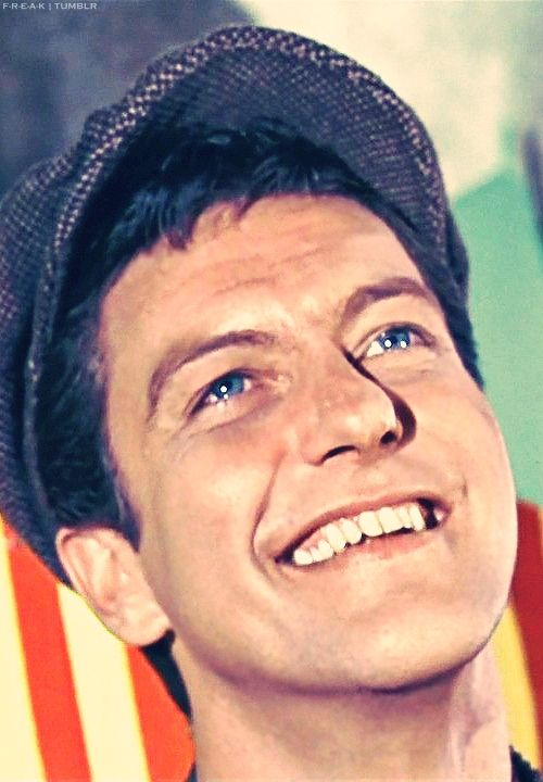 Dick Van Dyke ... Ok I watched this movie today and was literally sobbing at the end #thefeels #maryandbert