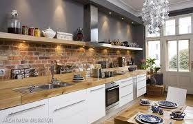 Znalezione obrazy dla zapytania kuchnia z oknem nad zlewem