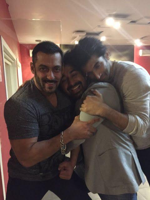 The gang of boys : Salman Khan, Rannvijay Singh and Aditya Roy Kapoor. http://www.bollywoodnentertainment.com/2016/01/the-gang-of-boys-salman-khan-rannvijay.html