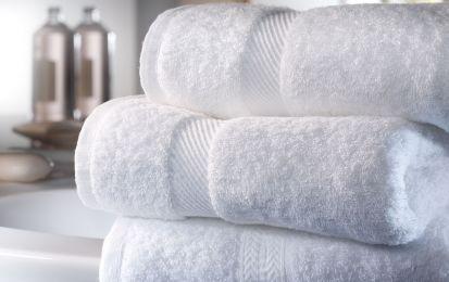 Come eliminare l'odore di muffa dagli asciugamani - Consigli e suggerimenti utili per eliminare l'odore di muffa dagli asciugamani, dai rimedi classici alle regole di prevenzione.