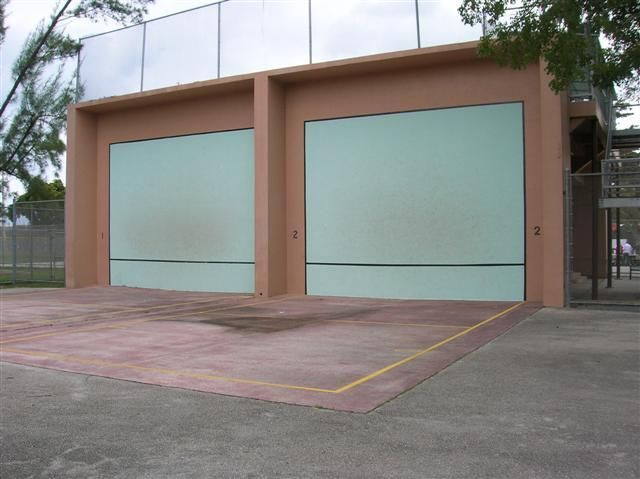 Flamingo Park Courts South Beach, Florida