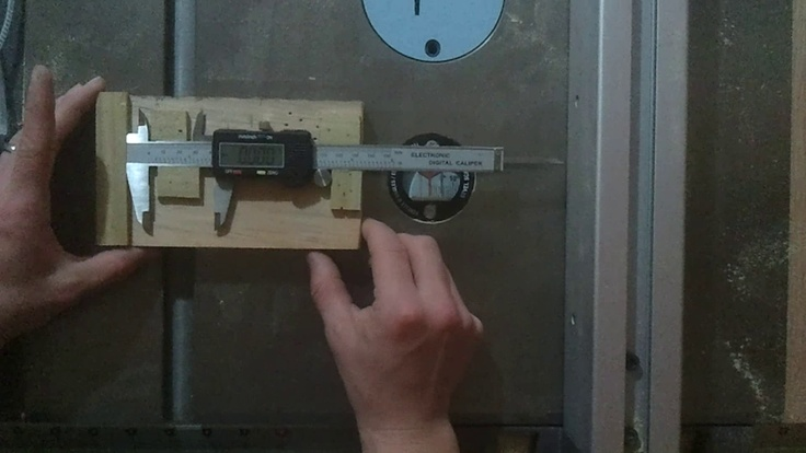 How I micro adjust my table saw fence | Jays Custom Creations | Woodworkers dream | Pinterest ...