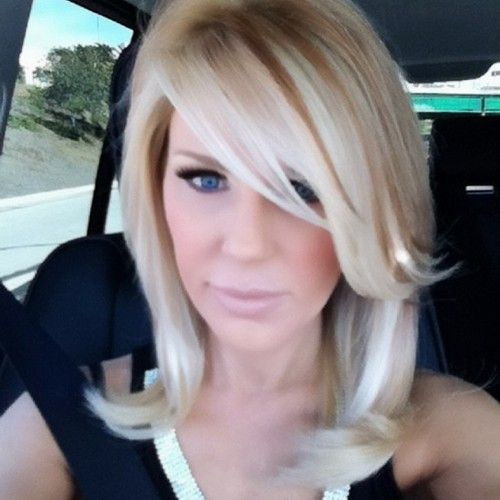 gretchen-rossi. love her Hair. cut and color. Love her makeup.