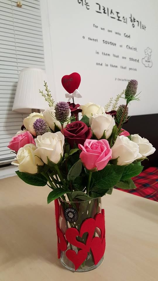 """- 20 roses soap flowers assorted color flowers. - Measures appoximately 14""""(36cm) tall - Includes at least 1 different Bushes and Bushes will vary - ITEM # : M1630 - Price : $70 - Delivery : fee not included email us for detail of delivery #www.keziaherez.com #Order keziaherez@gmail.com #mother's day gift #happybirthday gift #valentinesday gift #soapflower #love #flower stagram #flower"""