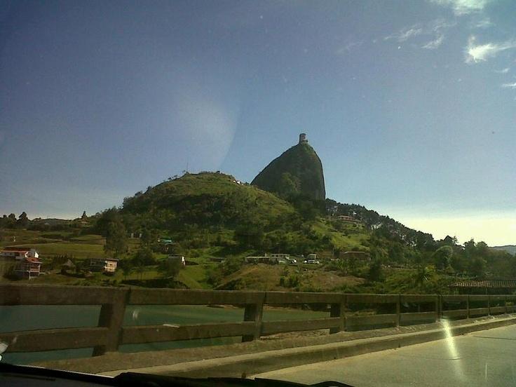 La piedra del Peñol - Antioquia . Colombia