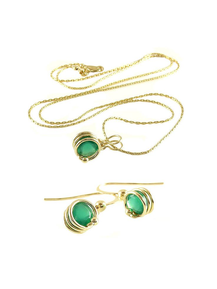ON SALE Busted Deluxe Green Onyx set - pendant and earrings - €112.00 EUR