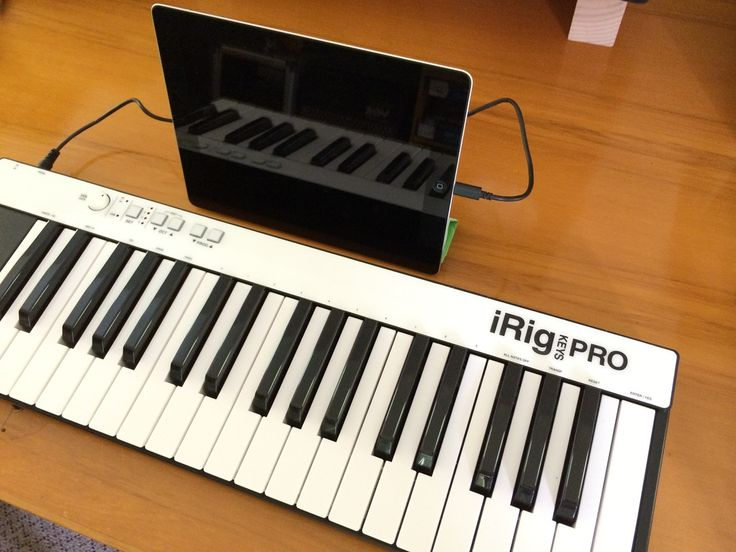 iRig Keys Pro. What to make of all this tech stuff? A music teachers point of view. Musiclab Blog.