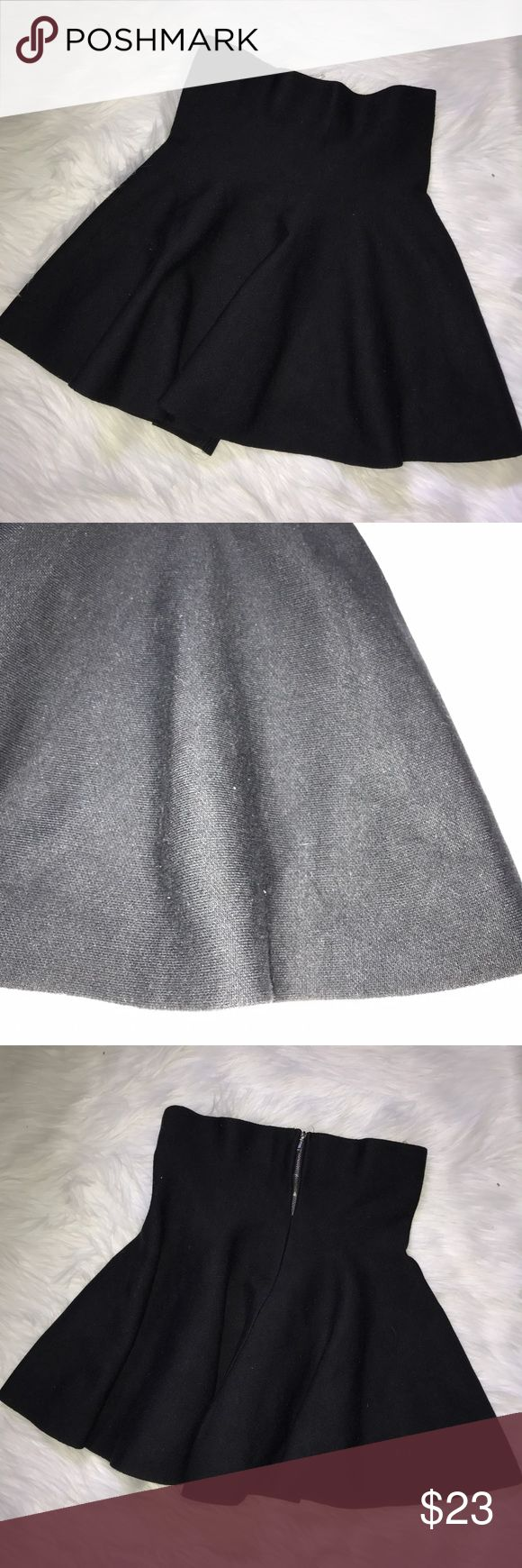 "Stella Luce Black Peplum Skirt Back Zipper Sz Lrg Stella Luce Black Peplum Skirt Back Zipper Sz Lrg                                             Length -- 18.5""      ///     Waist -- 14""                                                                      Gently used, no flaws. Please see photos for details Stella Luce Skirts Mini"