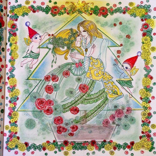 Instagram media tiatiajewjew - ✨クリスマスバージョンのページが無いそれで作ってみました✨✨✨ #お姫様と妖精の塗り絵ブック #大人の塗り絵#ぬりえ#コロリアージュ#水彩色鉛筆#色鉛筆#パステルペンシル#クリスマス