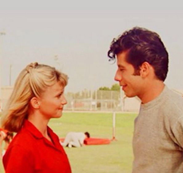 how did sandy and danny meet in grease old