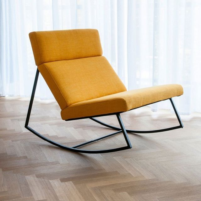 10 Modern Rocking Chairs For New Parents