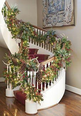 Ideas para decorar las escaleras de tu casa en esta for Decoraciones para apartamentos