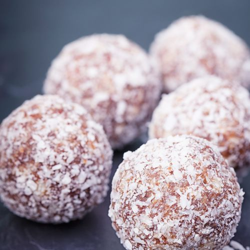 Looking for an easy to make snack for the kids to take to school? Our Coconut Choc Orange Date Balls are gluten, dairy, egg and nut free. Get the recipe.