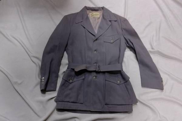 ベルトつきのナッソージャケット(ハリウッドジャケット)です。 アメリカ ナットソージャケット 40年代後期~50年代初期ヴィンテージ  40'Sならではの ロングポイント