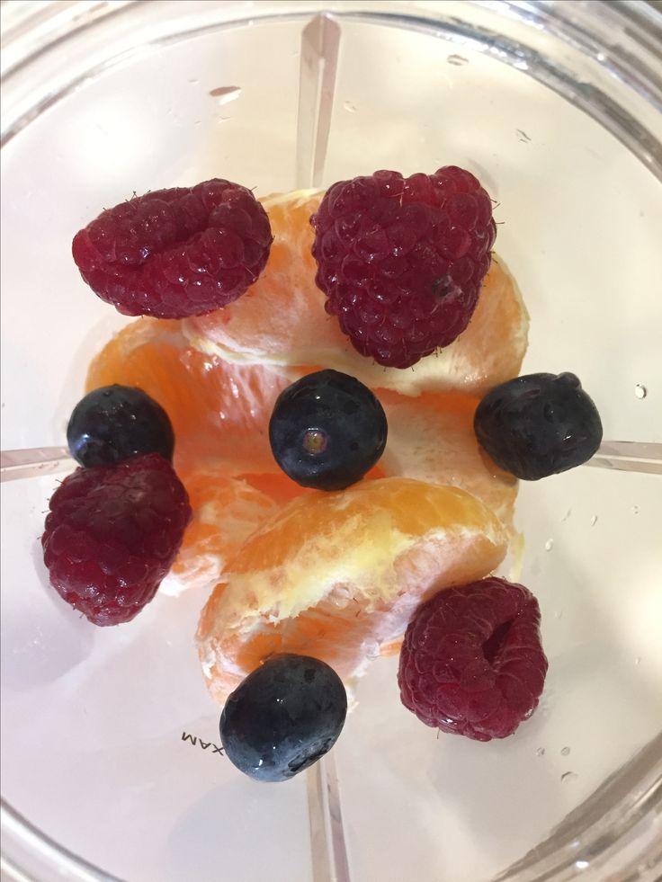 1 #mandarinoranges #blueberries #raspberries #lemonzest #nutriblitzer