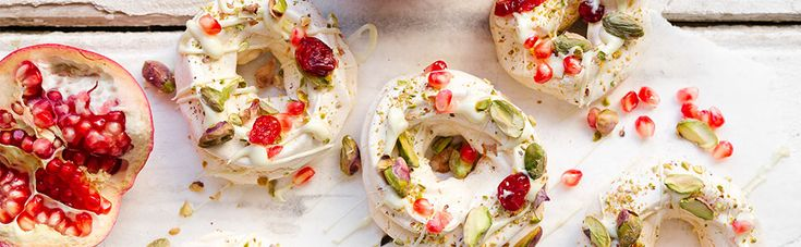 Bellies will be almost full after all the appetisers and meat, so it's best to keep the dessert light. Make it festive! We have an awesome festive season dessert option: Pistachio, Cranberry & White Chocolate Meringue Wreaths. Keen to see the #Checkers_recipe? Visit http://www.checkers.co.za/recipes/all-recipes/pistachio--cranberry---white-chocolate-meringue-wreaths.html