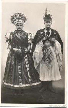 Mezőkövesdi-menyasszony-vőlegény-Hungary