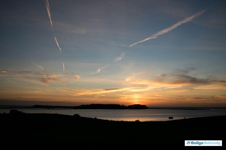 Jacob Gades Vej 12, Torø Huse, 5610 Assens - Solnedgange, vand og fantastisk natur, så er dette huset til dig! #villa #assens #fyn #selvsalg #boligsalg #boligdk
