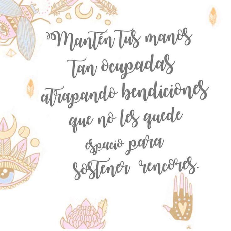 """2,217 Me gusta, 11 comentarios - Mujer Holistica (@mujerholistica) en Instagram: """"Hoy lleno mi corazón con los milagros que me rodean. ✨✨✨ #mujerholistica #agradecida #milagros…"""""""