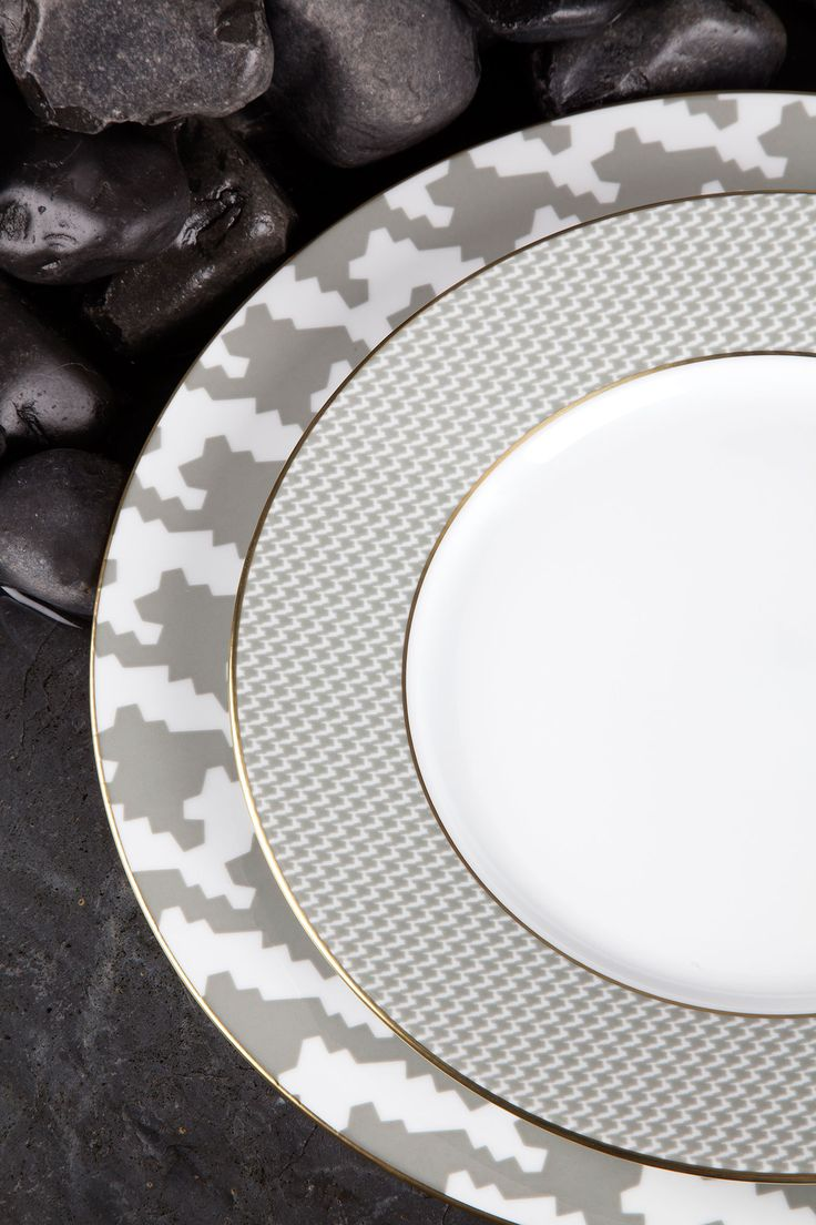 Legle Pied Du Poule #porcelain #tableware | Agentia UK & 46 best LEGLE images on Pinterest | Cake tray Cup of tea and Dinnerware