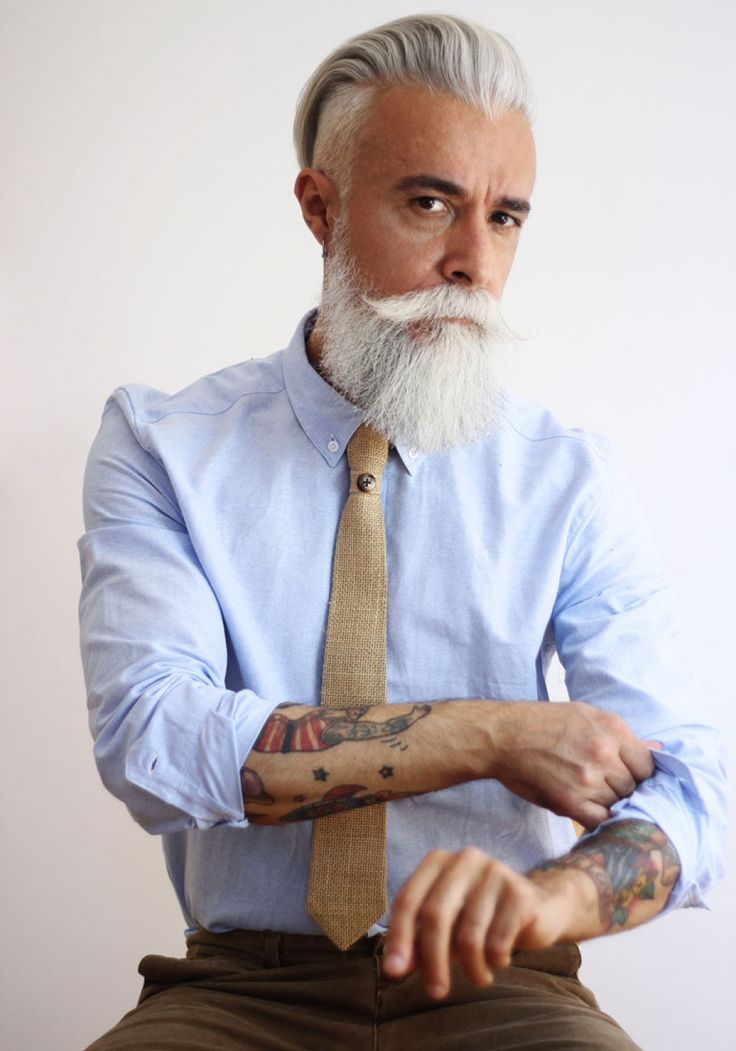 Tie made from recycled coffee bags - #style #dapper