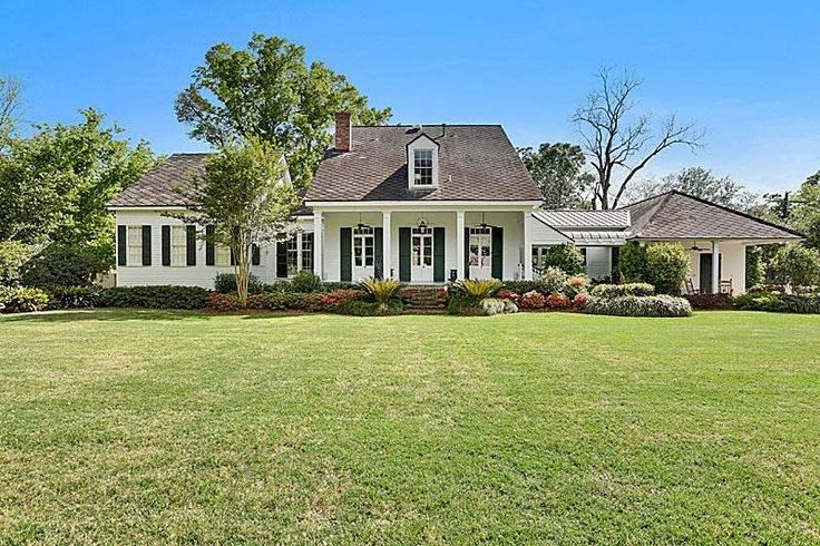 7979 Highland Rd Home, House styles, Real estate