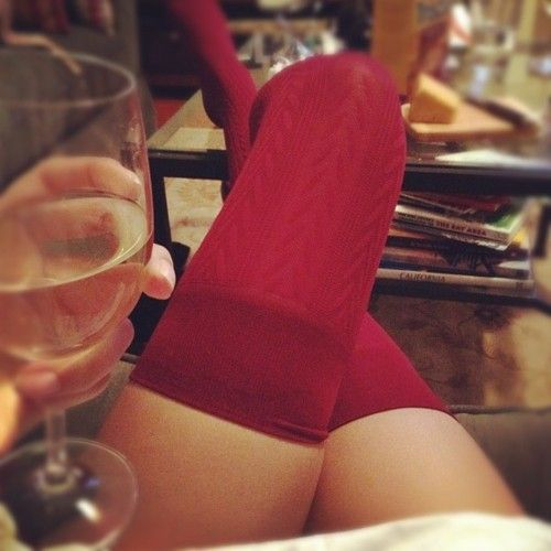 glass of wine anyone?Coffe Tables, Wine Women, Red Thighs, White Wine, Legs, Red Tights, Thighs High Socks, Glasses Wine, Red Hot