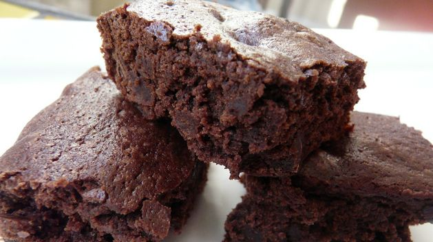 A Treat for Chocolate Lovers: Delectable Fudge Brownies: Cookies, Shower, Kitchen, Brownie Recipe, Amazon, Treat