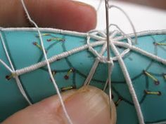Dentelles d'abord: Tutorial: merletto ad ago geometrico (Reticella) parte terza