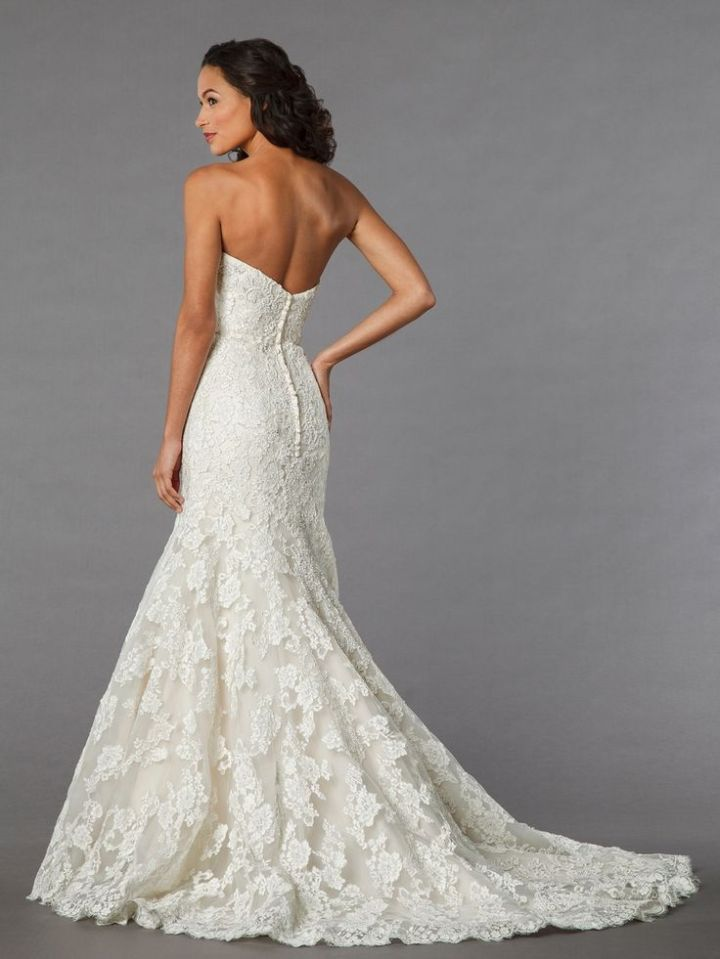 Perfect  Dramatic and Sexy Wedding Dresses