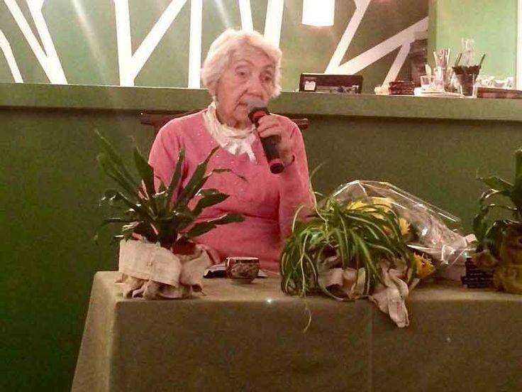 """Известный терапевт-натуропат, на днях провела очередную лекцию под названием """"Беседы о питании"""", в которой поведала о том, как избавиться от всех болезней и прожить долгую жизнь."""