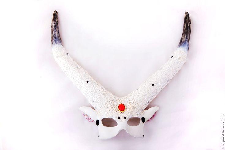 Купить Карнавальная маска Maleficent - белый, кружево, маска, карнавальная маска, маскарад, интерьерное украшение