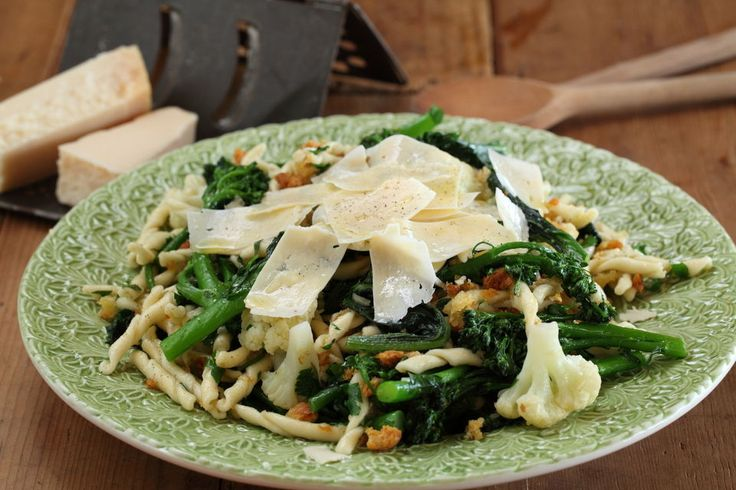 Strozzapreti with Rapini from Maggie Beer - delicious!