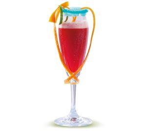 Erfahre mehr zum Cocktail: Wachmacher. Finde die besten alkoholfreien Cocktails in der Genießbar. Ob als Erfrischung nach dem Skaten, als Kick nach durchtanzten Stunden, oder als kühles Getränk auf einer heißen Party