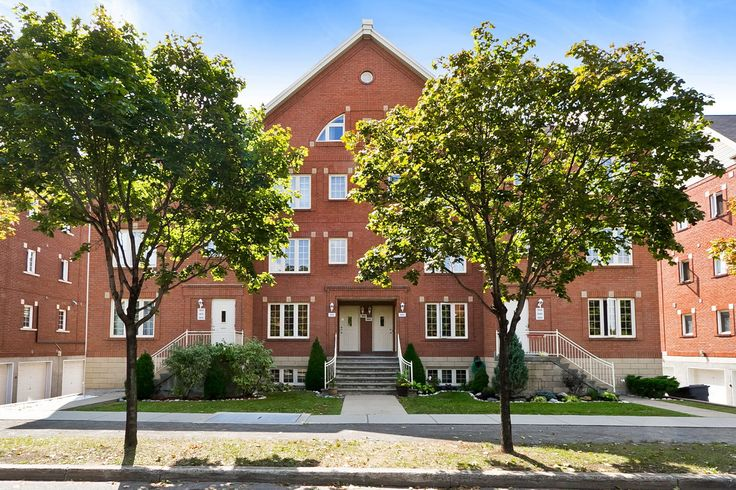 1670 Alexis-Nihon, St-Laurent, QC. This apartment for rent in Montreal features an exercise room, indoor pool, and a sauna.