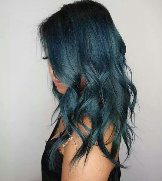 Love this ocean teal blue color melt