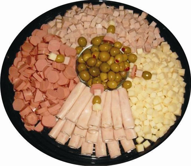 Ya sea en un bar o en una fiesta, es importante tener algo que ofrecerles de comer a los invitados, pero a veces el tiempo, los contratiemp...