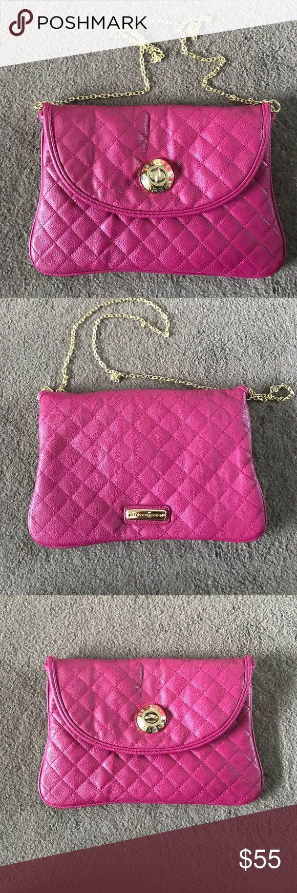 Steve Madden pink envelope clutch Pink clutch comes with a gold chain strap Steve Madden Bags Clutches & Wristlets