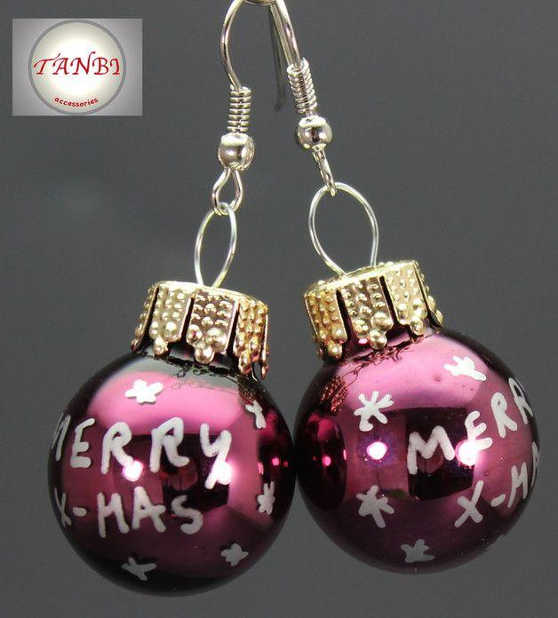 Weihnachtliche Ohrringe mit Christbaumkugeln / cute merry christmas earrings made by TANBI-accessoires via DaWanda.com