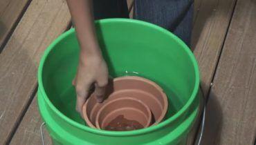 How-To-Build-A-Cute-DIY-Terracotta-Fountain