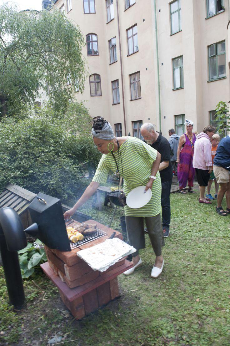 Invigning av Silvos grill (tegel från rivna Tobaksmonopolet) 2013.