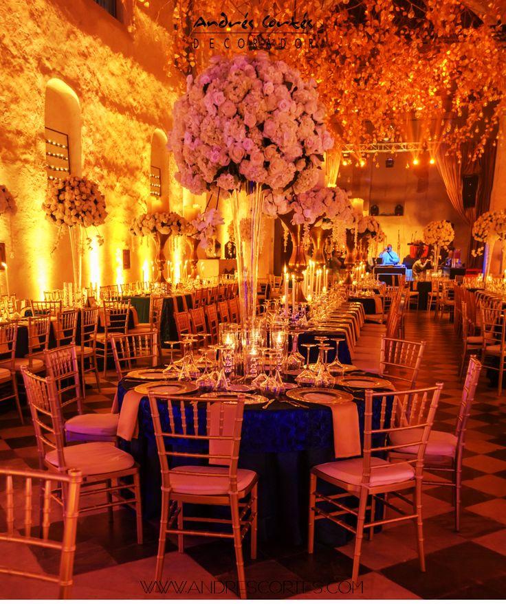 #andrescortes #Flowers #Design #WeddingIdeas #Bodas #Copones #DoradoyAzul