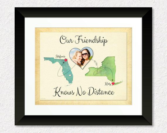 Moving Away Gift for Best Friend, Going Away Gift for BFF, Friendship Knows No Distance Quote, Long Distance Friendship Gift, Map Art Print