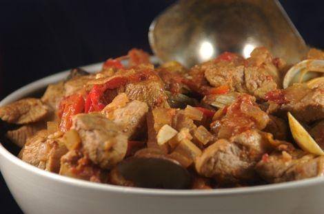 Carne de porco alentejana (Spanish Pork and Clams)