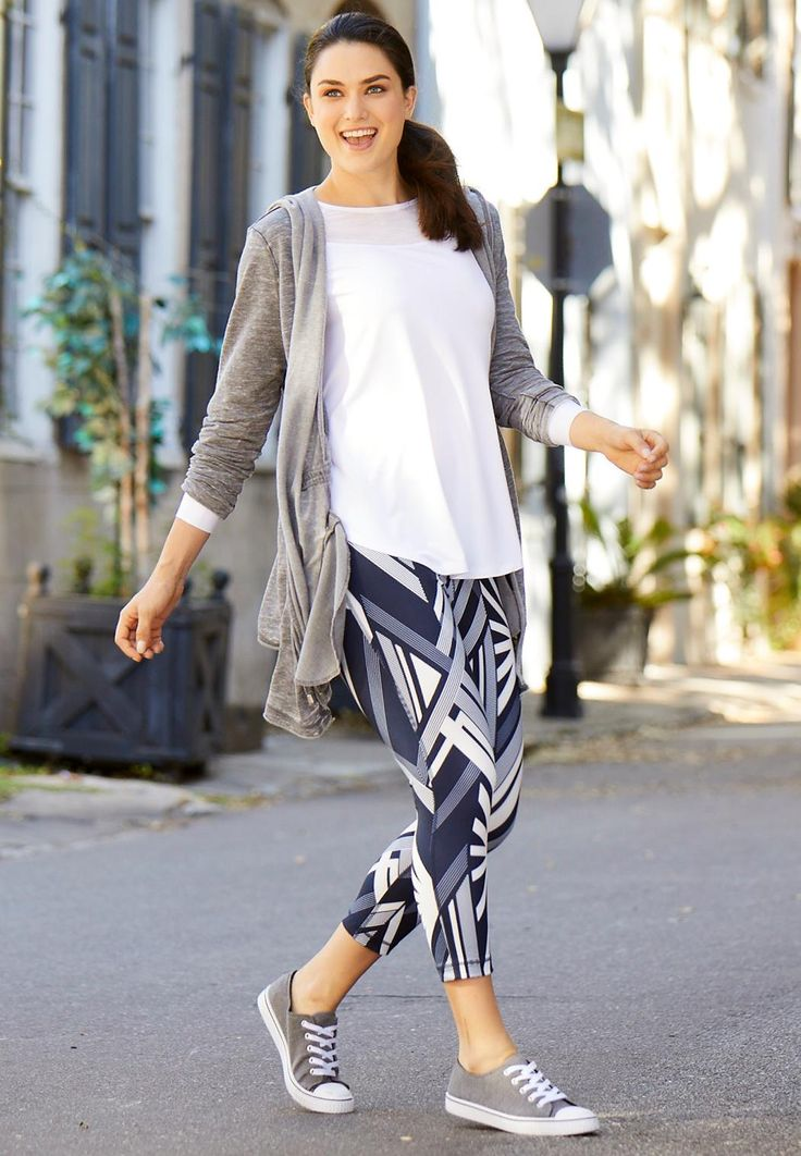 CATO Fashions - Plus Size Athletic Wear, Abstract Performance Crop Leggings