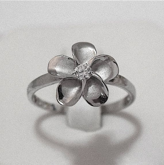 Plumeria Ring Hawaii Plumeria Flower Ring Hawaii Flower Hawaii Ring Hawaii Jewelry Beach Jewelry Chri Daughter Ring Mother Daughter Rings Hawaii Jewelry