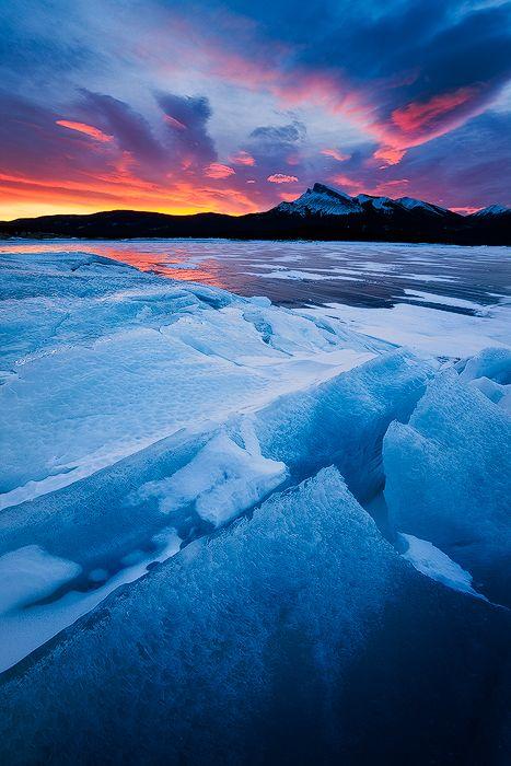 Abraham Lake Alberta Canada   CA8385 : Windy Point, Abraham Lake, Alberta, Canada : Emmanuel Coupe ...