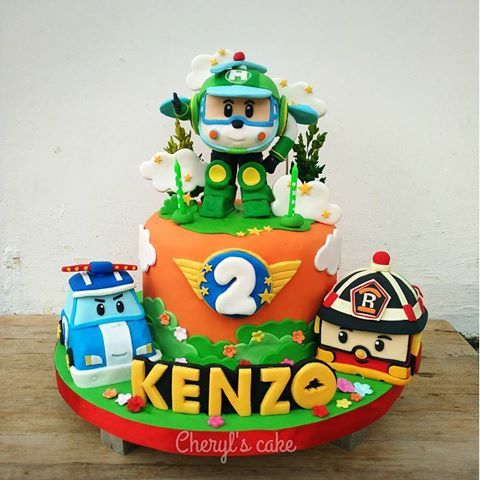 Robocar poli #robocarpolicake #robocarpoli #kulinersemarang #semarangkuliner #semarang #semarangcake #pesankuesemarang #cakesemarang #fondant #fondantdecoration #birthday #birthdaycake #cake #kue #kueulangtahun #kueunik #figurine #cakeporn #foodporn #jualkue #jualankueonline #homemade #homemadecake #kuesemarang #sugarart