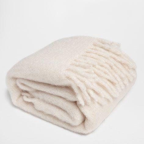 17 mejores im genes sobre ropa de cama cortinas y tapetes for Zara home mantas
