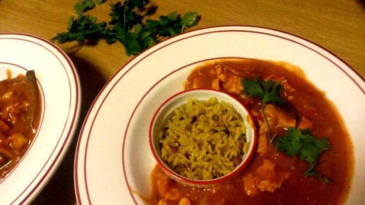 Durban Curry with Wild Rice, Black Pepper Poppadoms & Fresh Coriander